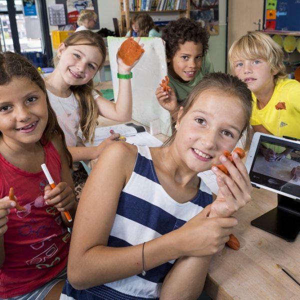 Groepsoverstijgend werken bij onderzoekend leren